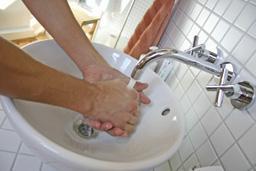 20090416144558803_handen-wassen